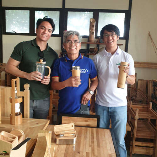 Jamico and his teammate together with the cooperative leader in Cardona, Rizal